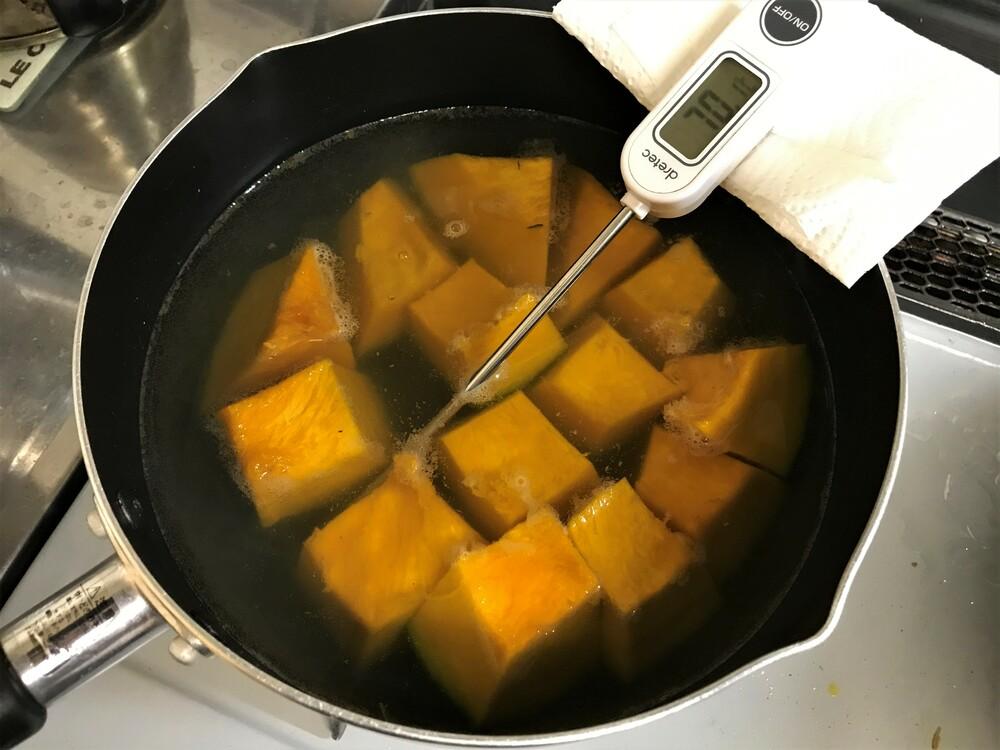 カボチャの煮物 ゆっくり煮る