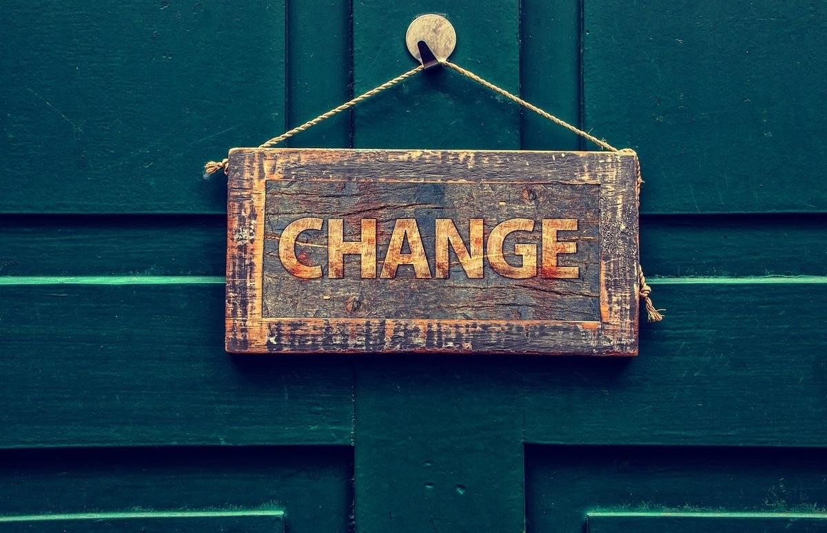 changeの札
