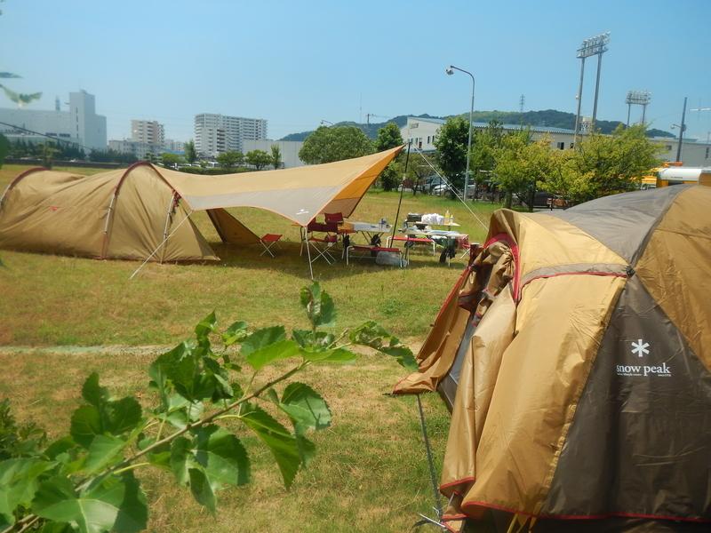 スノーピークのテント村