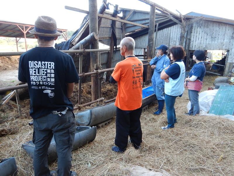 被災した牛小屋