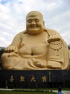 弥勒菩薩。台湾のお寺の大仏