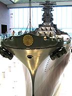 詳細な設計図に基づいて、計画的に作られた船舶(戦艦大和/模型・大和ミュージアム)