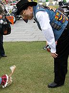 奥井俊史社長。「2008長崎ハーレーフェスティバル」で