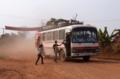 [lao]国道11号線をサヤブリ方面に向かうバス