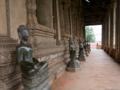 [lao]Wat Ho Pakeo本堂の周囲の仏像