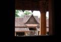 [lao]Wat Si Saket本堂の中から外を見る