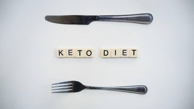 【ケトジェニック】脂質の量がまったく足りない件【食事では無理】