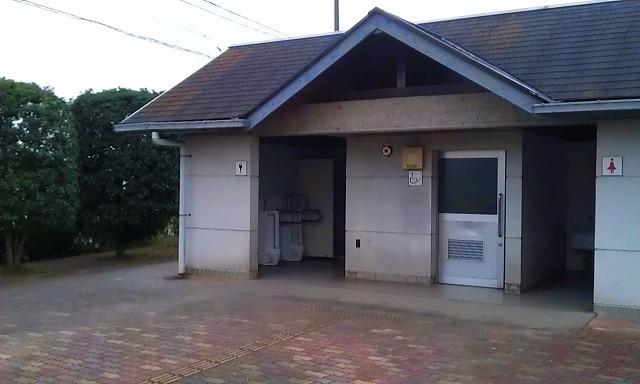 内装ホイールの出張修理☆佐藤企画のブログ-伊佐沼近くの見えすぎトイレ