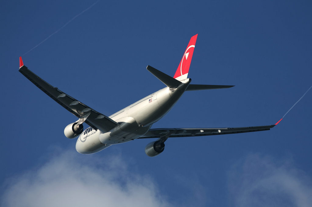 NW N857NW A330-200