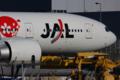 JL JA702J B777-200(ER)