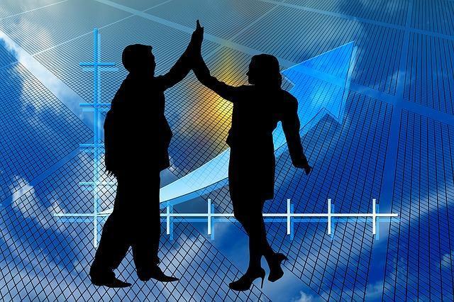 株式投資で利益を出す