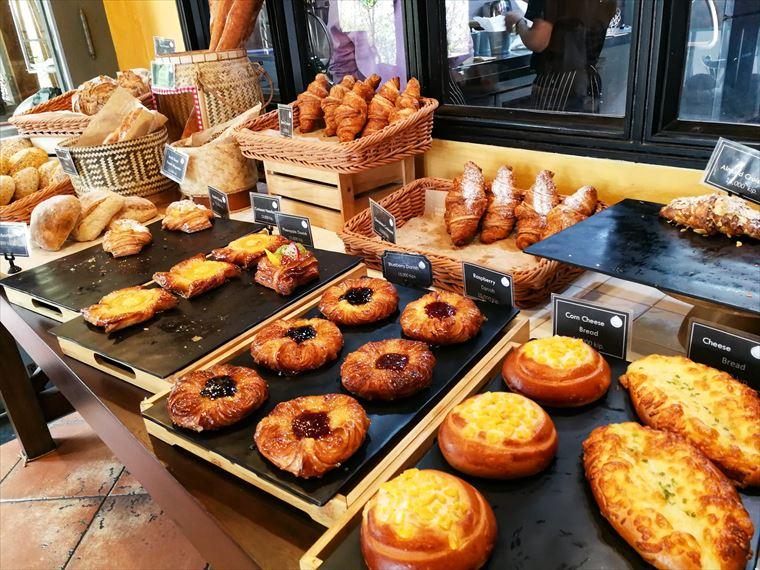 ルアンパバーンのパン屋さん
