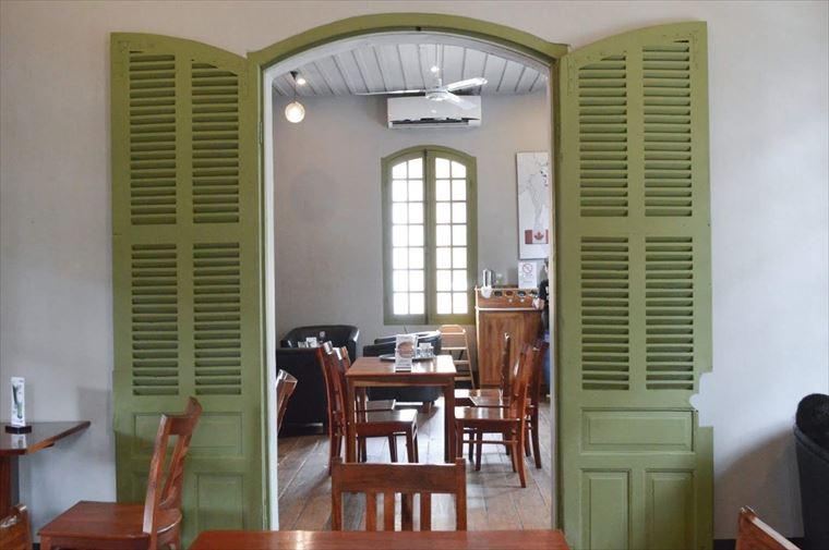 ルアンパバーンのJoma Bakery Cafeの二階席