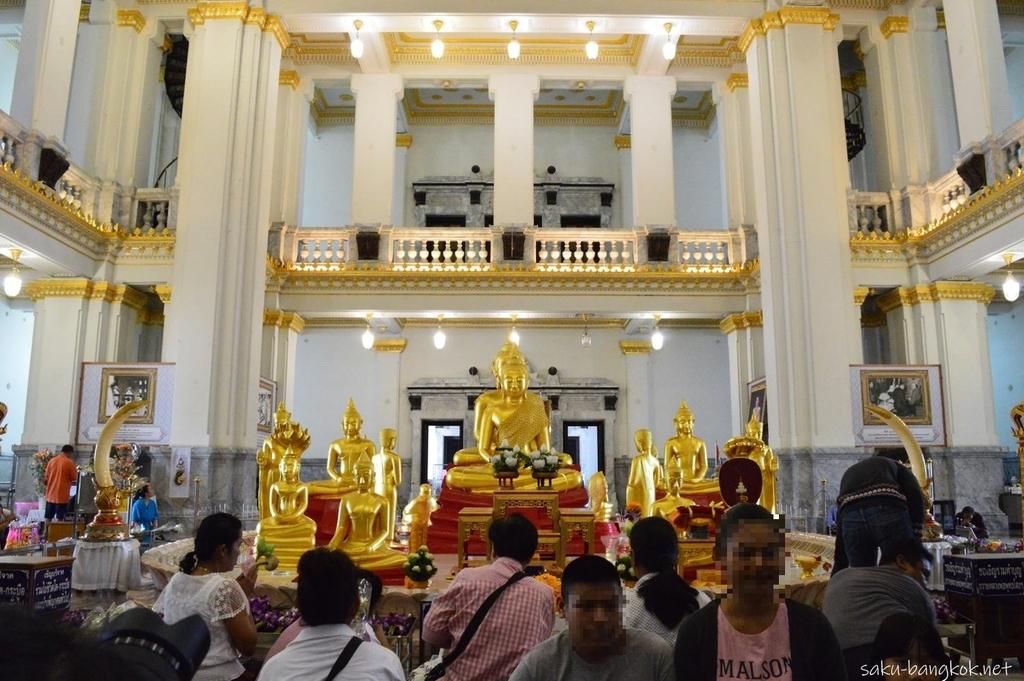 ワットソートーンの仏像