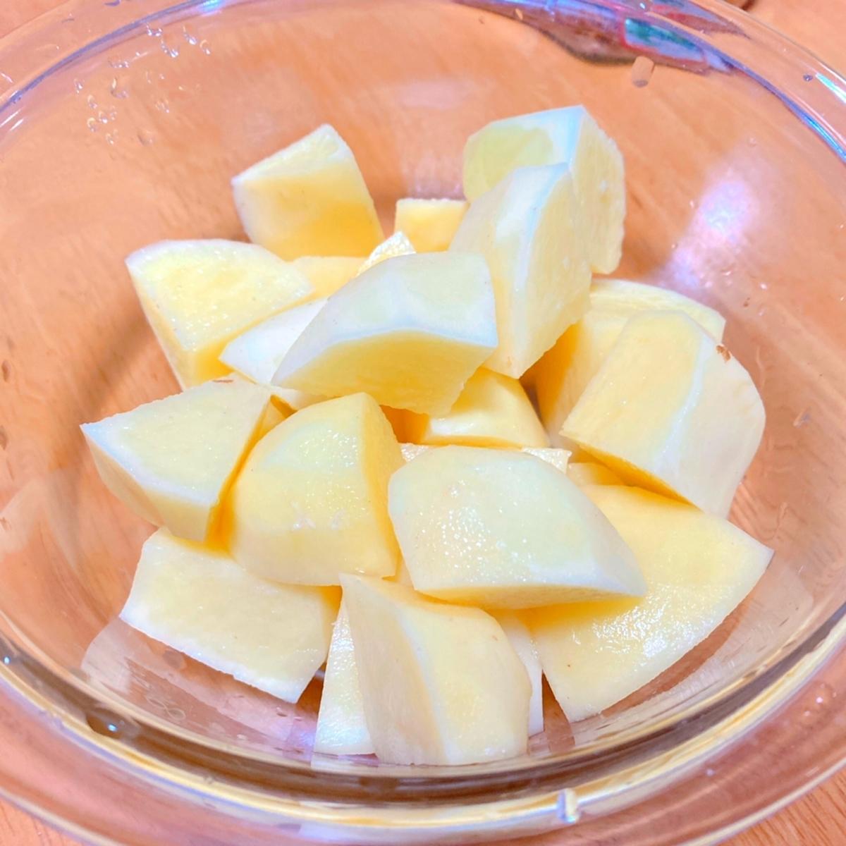 切ったジャガイモの写真