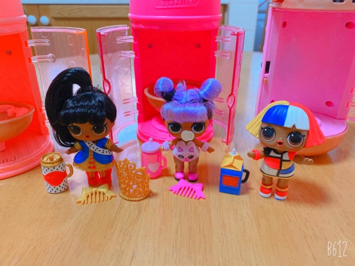 三つのお人形の写真