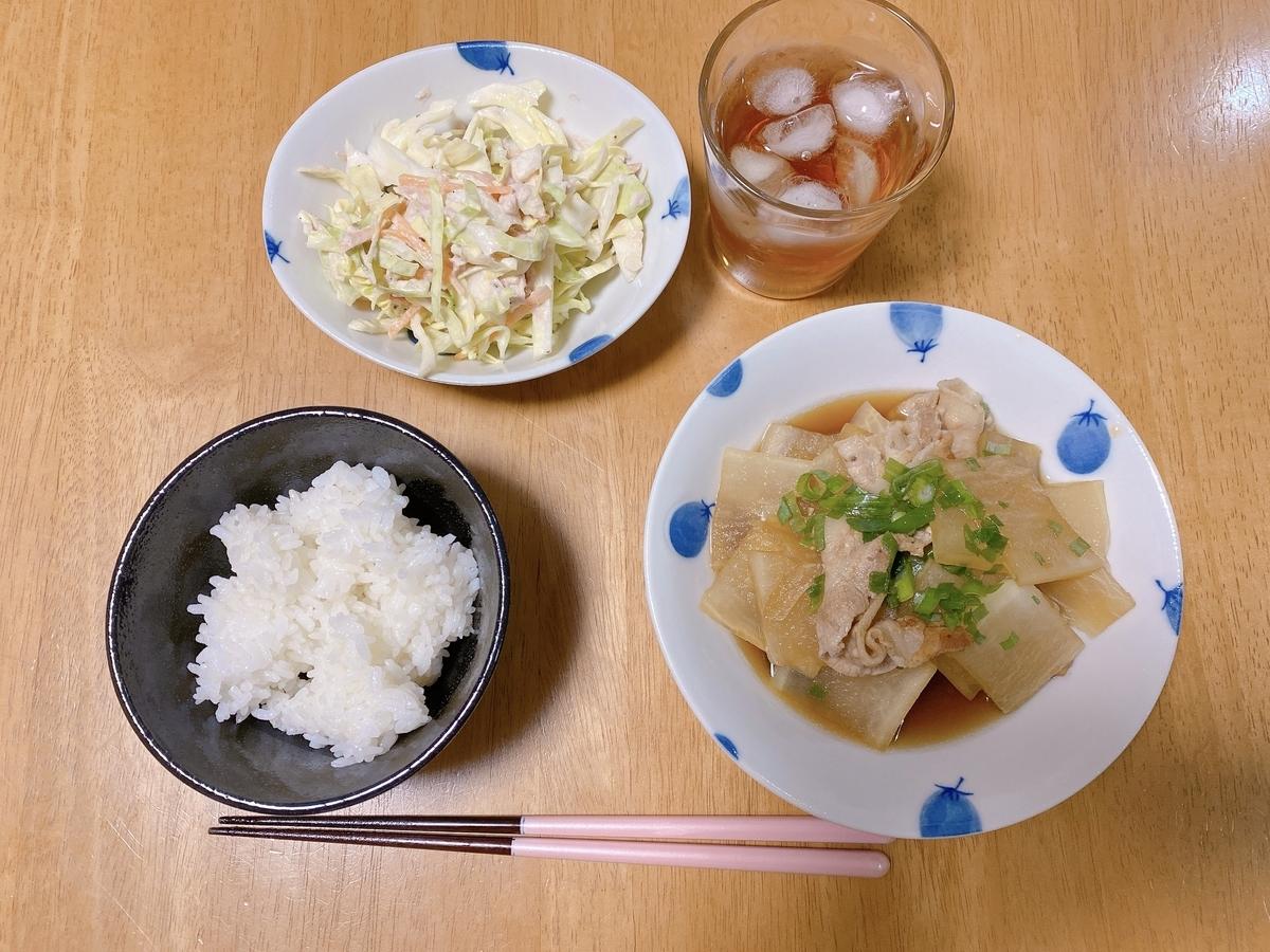 豚バラ大根定食の写真