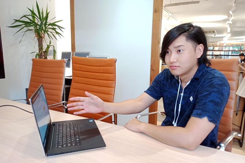 e-sports関連のデザイナーをしているAKIさん