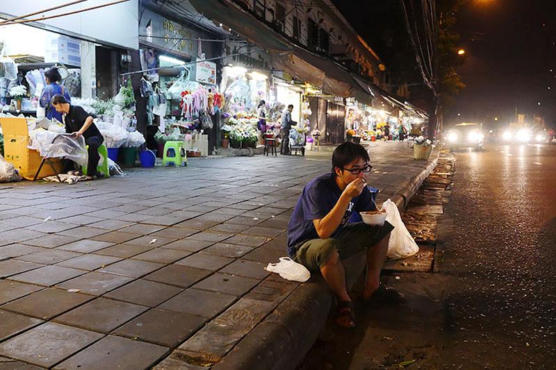 タイ経由でオマーンに行きました!