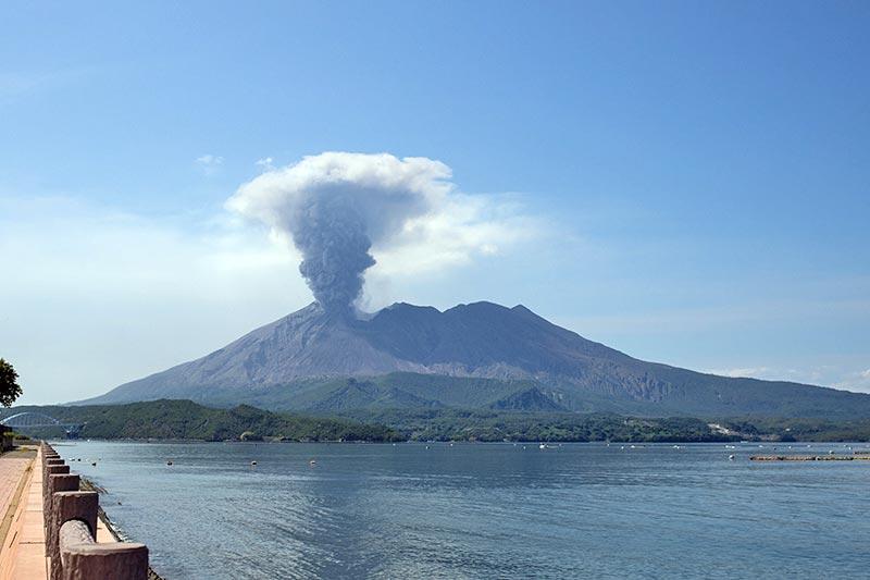 桜島の噴火写真