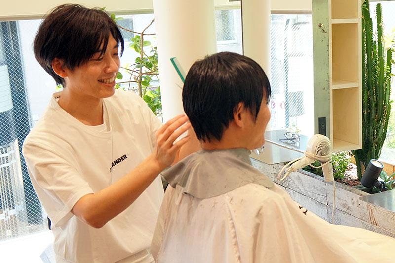 美容業界に「経営」と「チームワーク」を取り入れる