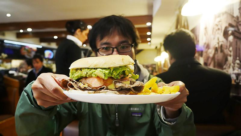 チリのハンバーガー!