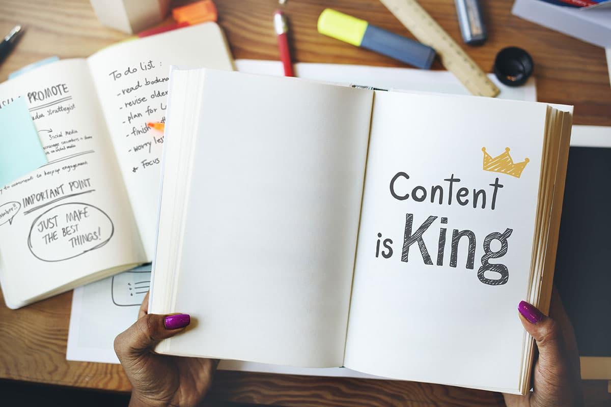 広告に関連した記事を作成する