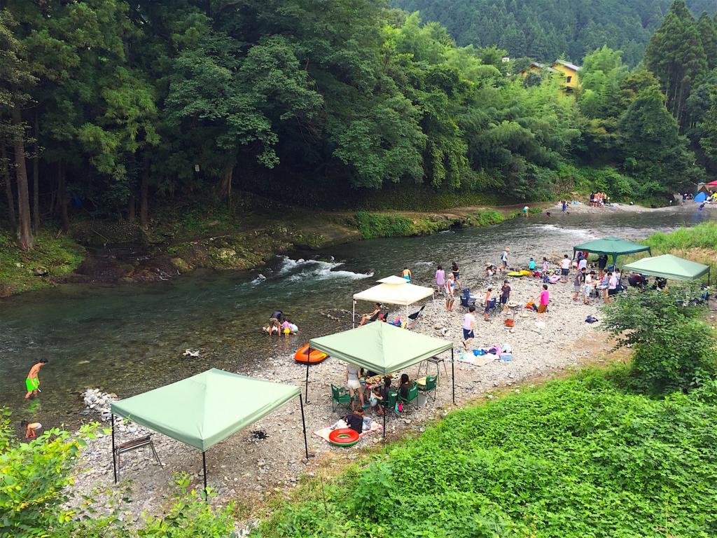 秋川渓谷NATURE GARDEN(ネイチャーガーデン)河原バーベキュー
