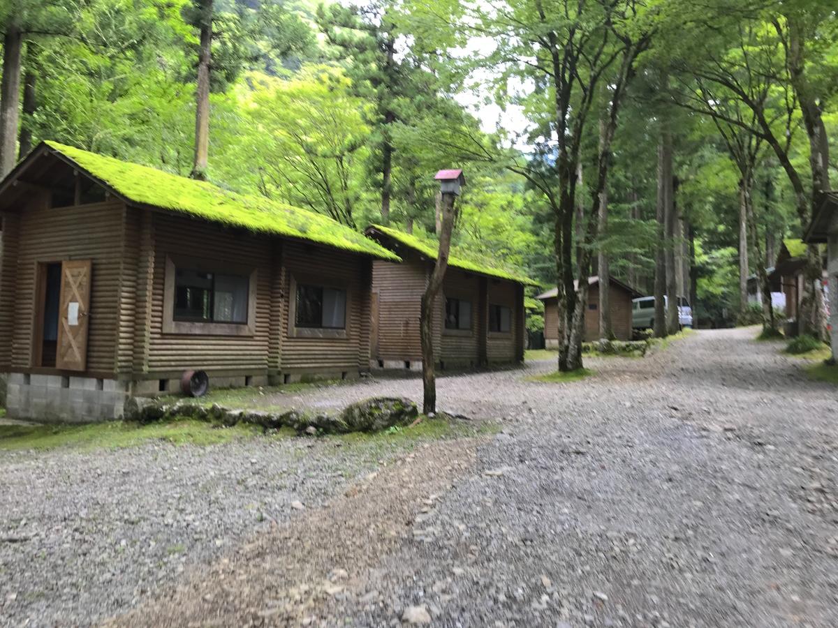彩の国キャンプ村コテージ