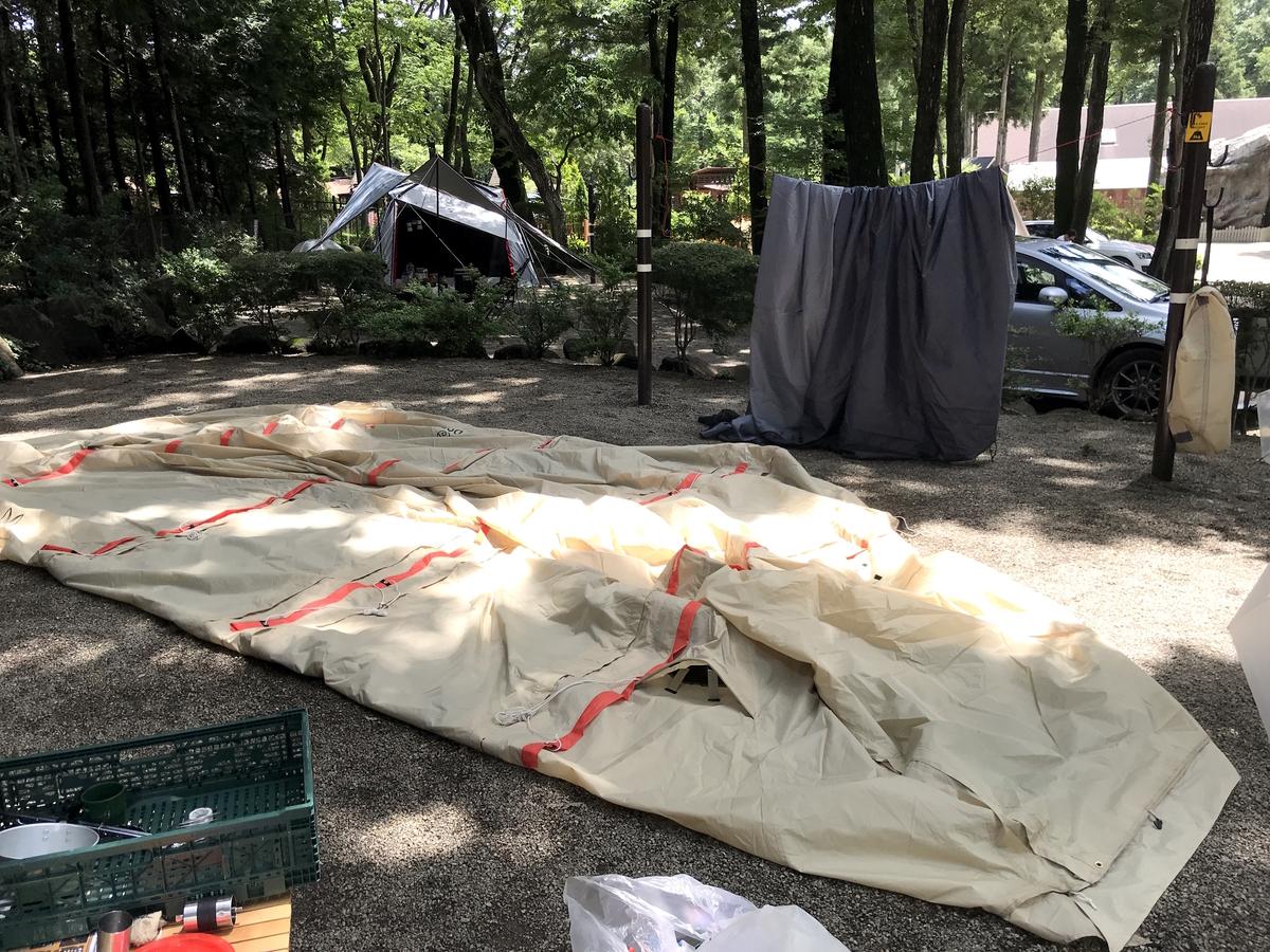 カマボコテント2乾燥方法全体を広げる