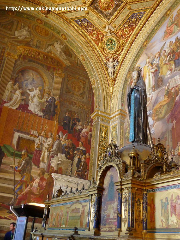 ヴァチカン美術館 マリア像