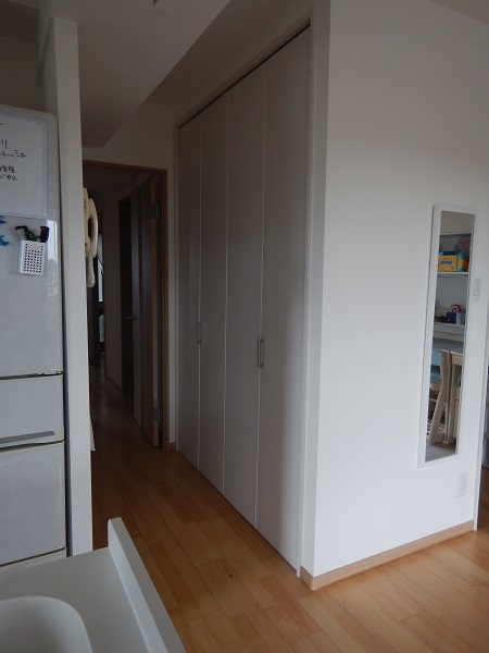 クローゼット用ドア