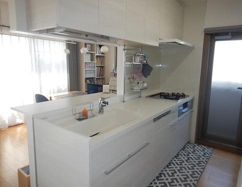 キッチンアレスタクリエアイボリー