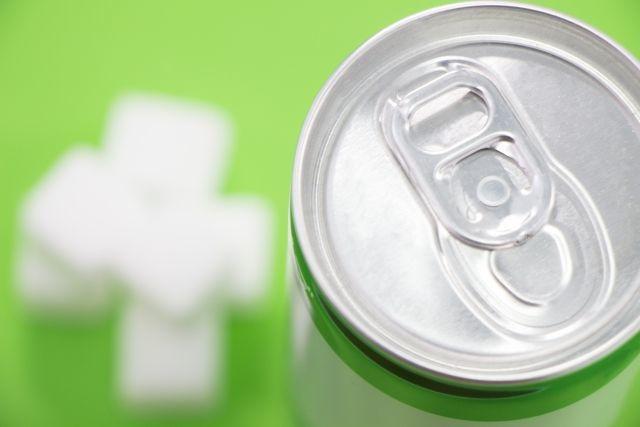 エナジードリンク、カフェイン中毒、砂糖依存症