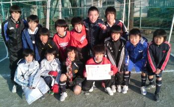 1/10スポーツ教室サッカー大会優勝(6年生)