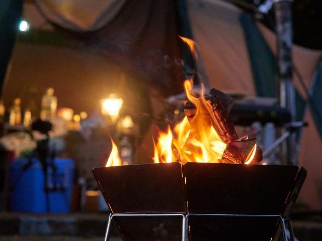 キャンプで使える火をつける方法