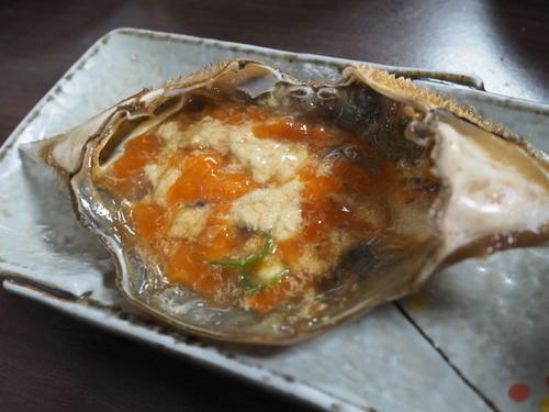 甲羅の食べ方2