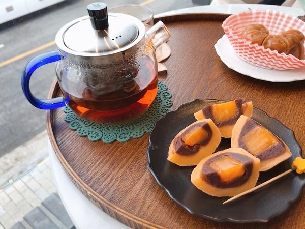 お茶&スイーツ拡大
