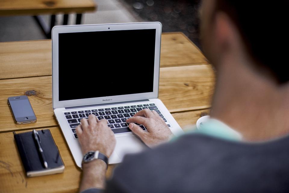ブログ1記事書くのにかかる時間は?