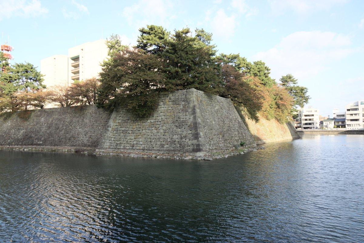 f:id:san-nin-syu:20201028151825j:plain