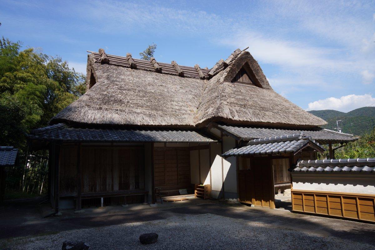f:id:san-nin-syu:20201126224150j:plain