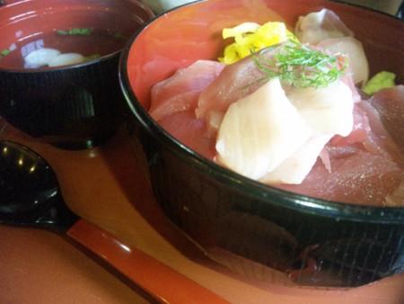 ある意味御同業wな「寿司桜」のまかない丼