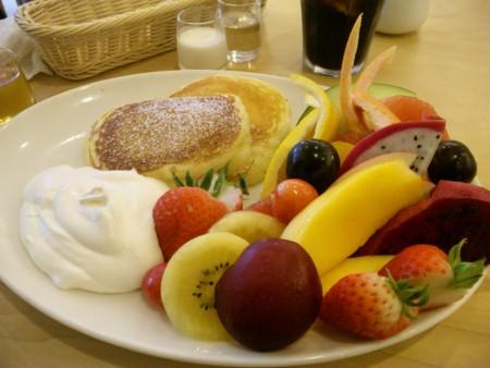 Pon-Pon 「季節のフルーツパンケーキ」