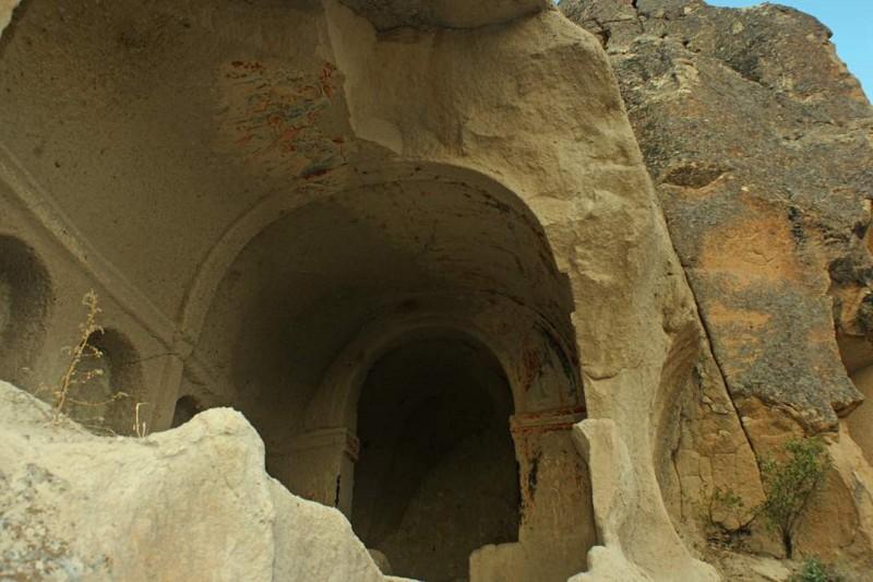 art01 洞窟教会-1