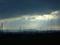 雲の隙間より差し込む陽差し