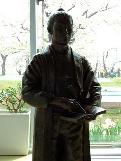 武田斐三郎像