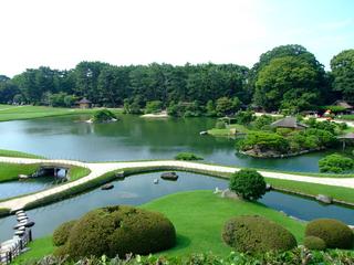 後楽園の沢の池