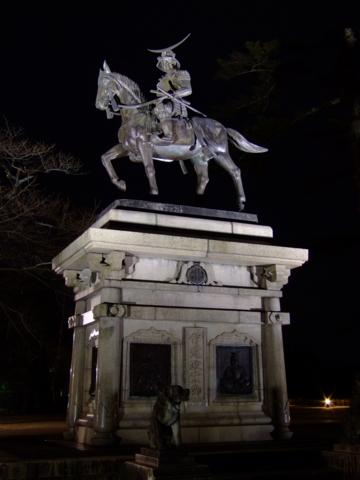 青葉城の伊達政宗騎馬像