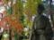 畠山重忠像と紅葉