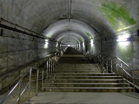 土合駅486段の階段